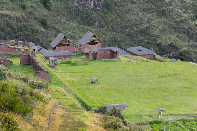 2-Day Private Huchuy Qosqo Trek to Machu Picchu from Cusco