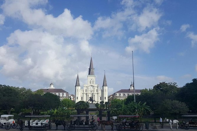 Private French Quarter Walking Tour in English or Spanish