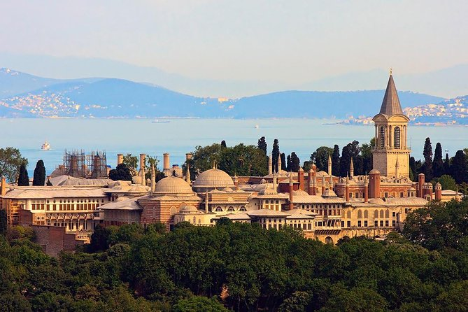 Istanbul Half Day Afternoon Tour: Topkapi Palace and Little Hagia Sophia