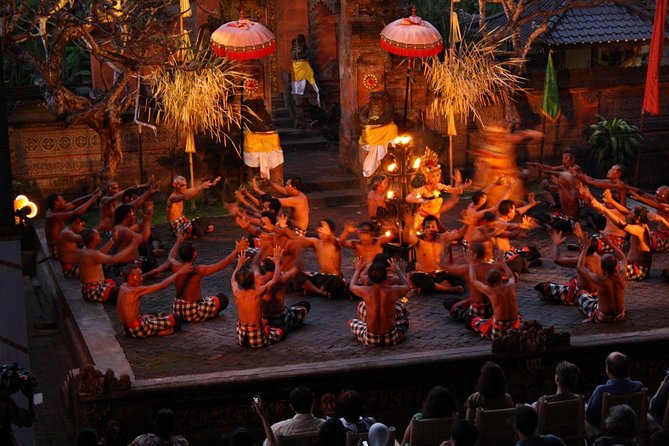 Best Private Tours-Ubud art village-Ubud Palace-Ubud Market-Kecak Dance-Dinner
