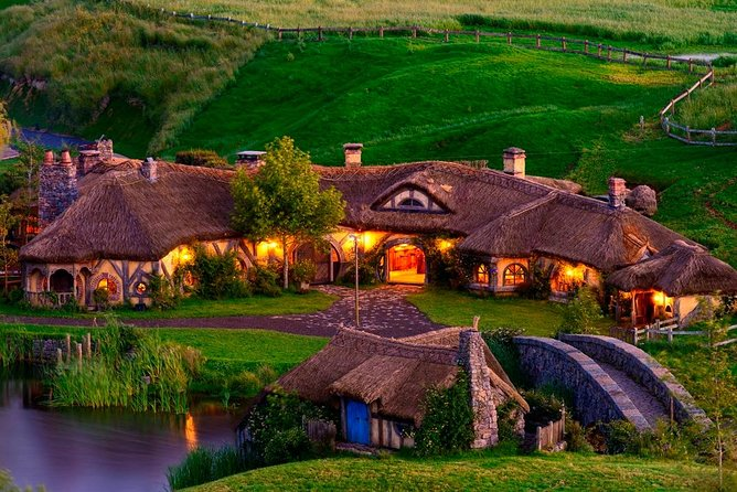 Hobbiton Movie Set Tour from Auckland