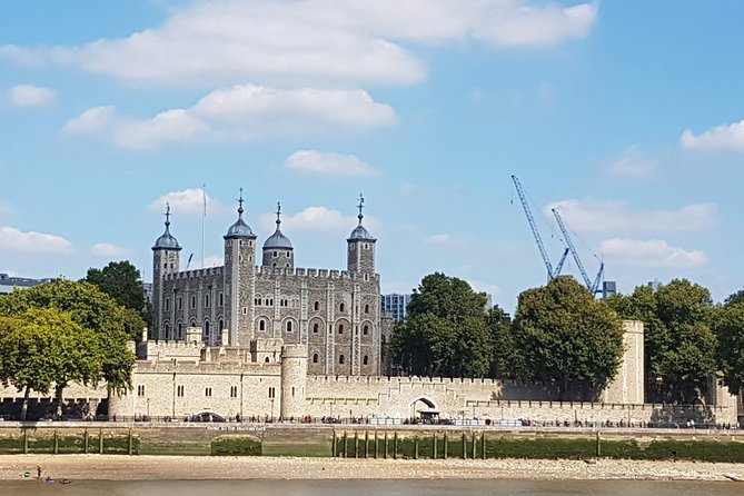 Westminster Walking Tour & Visit The Tower of London