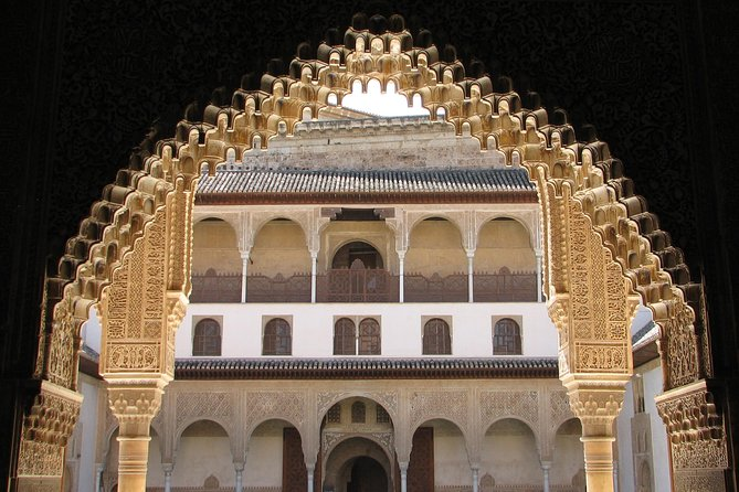 Full Day to Alhambra Palace and Generalife Gardens Direct from Malaga photo 4