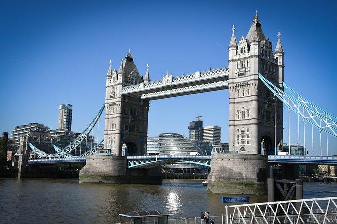 Explore Tower Bridge & Westminster Walking Tour