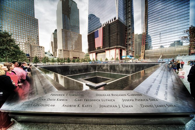 Lower Manhattan & Ground Zero Guided Walking Tour - Private Tour
