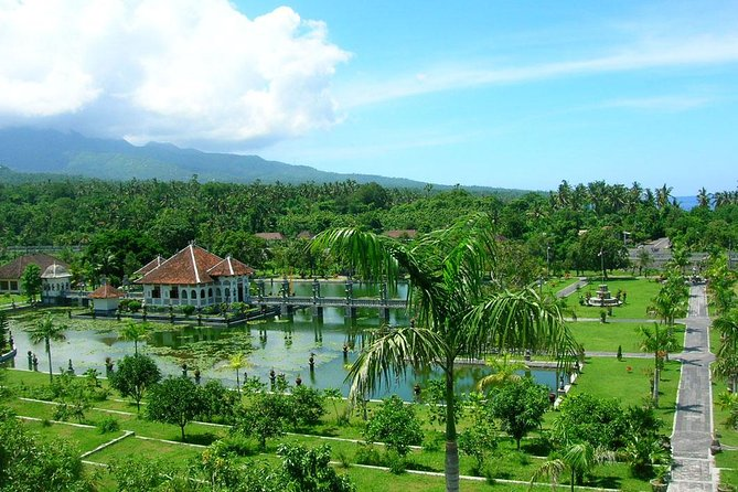 Bali Day-Tour: The Gate of Heaven and East Bali Full Day Tour