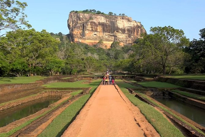 Sigiriya and Dambulla Highlights Private day tour From Colombo photo 2