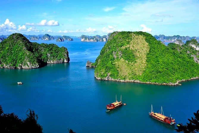 Halong Bay 1 Day Tour Deluxe With Beach Time ( By Express Ways)