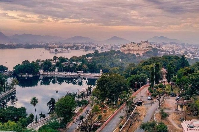 Make Your Own: Custom Private Guided Udaipur Sightseeing Trip photo 12