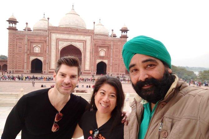 One Day Taj Mahal Trip from Delhi