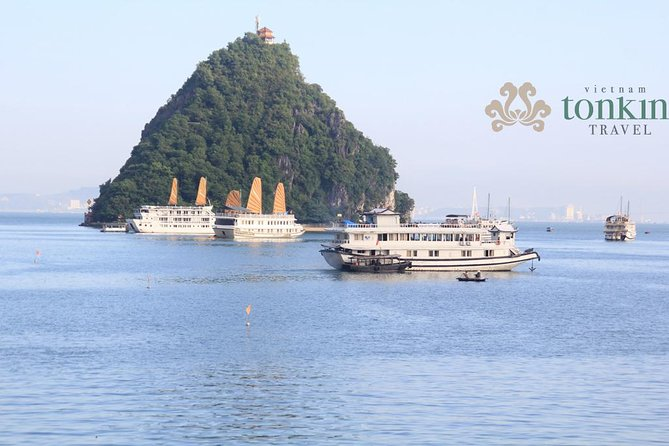 Halong Bay Day Tour from Hanoi: Titop island, Surprise Cave & Kayaking tours