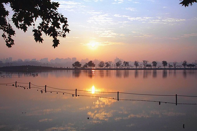 The Mostly Recommended Hangzhou City Tour with Authentic Lunch