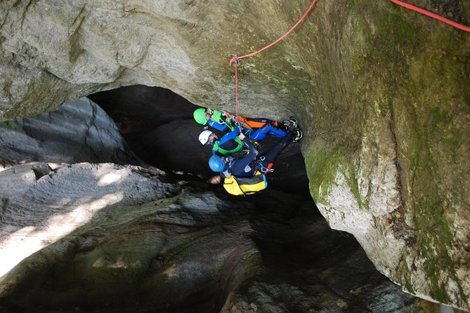 Infernet sport canyoning in Chartreuse - Grenoble