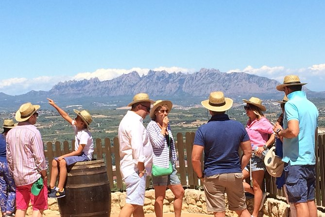 Private Montserrat and Cava Winery Tour with Hotel Pick Up from Barcelona