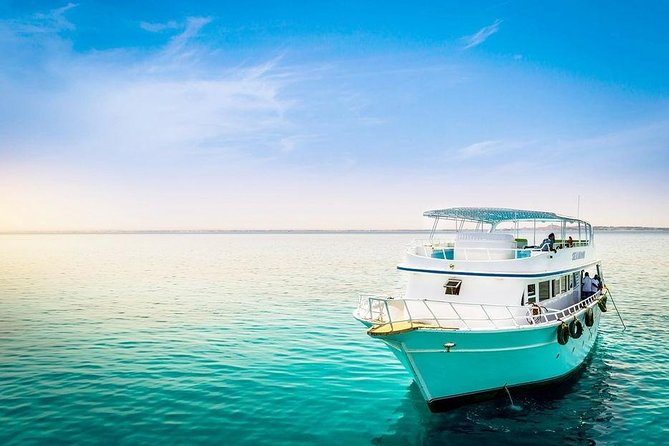 Private Boat Sea Trip - Hurghada