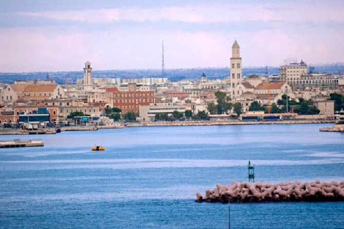 Small group guided tour of Bari from Rome