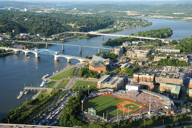 Glint of Chattanooga Walking Tour