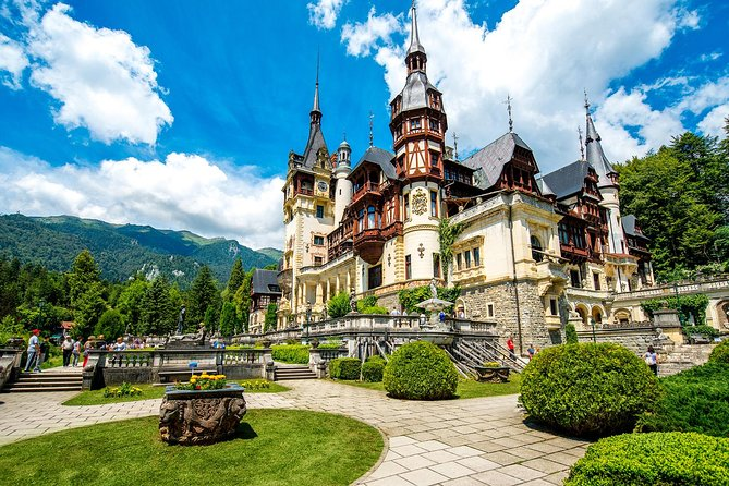 2 Castles in 1 Day Private Tour: Dracula & Peles Castles