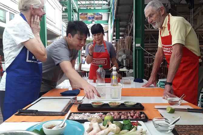 Cook & Eat: The 1-Hour Thai Cooking Experience