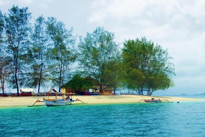 3-Days Lombok,Gili island Tour Hopping around departure from Bali island