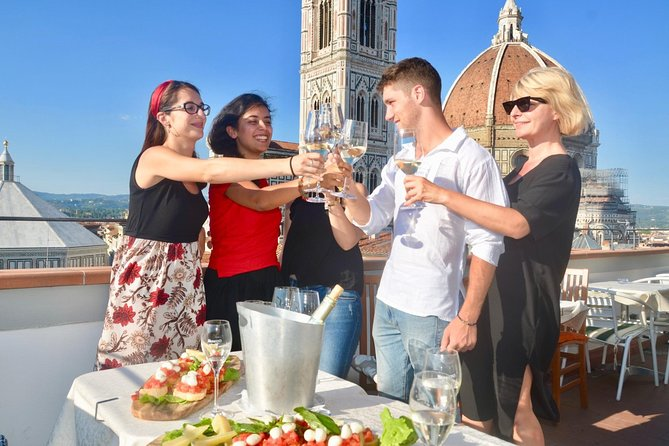 Florence: Walking Tour with Aperitivo(Happy Hour) in the oldest café in Florence