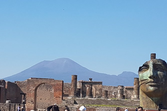Small-Group Tour: Amalfi Coast and Pompeii Day Trip from Rome