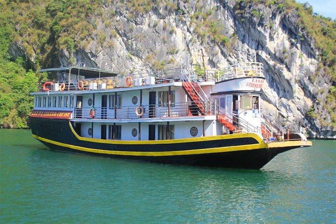 Halong Bay & Lan Ha Bay 2 days tour on small boutique boat: kayaking & swimming