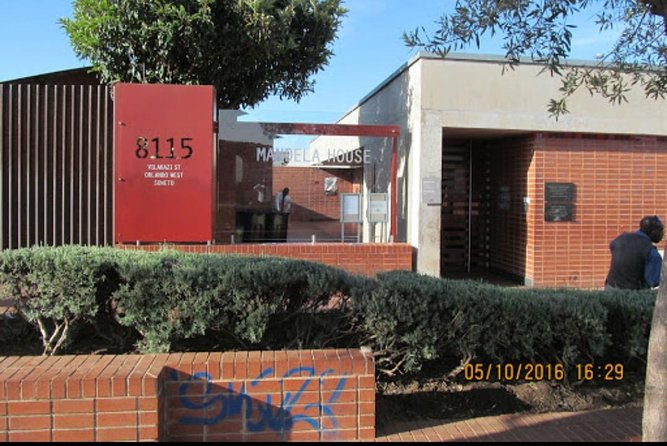 Private Soweto Tour 5 hours approximately from Johannesburg or Pretoria.