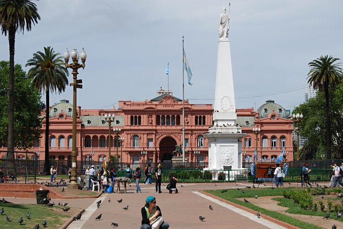 Buenos Aires Six-or-less-people Historical Walking Tour