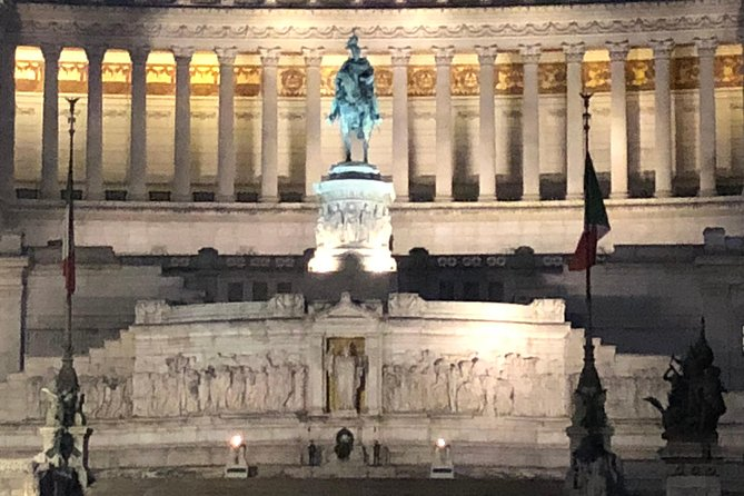 Rome by Night tour (2hrs) with an English speaking driver photo 4