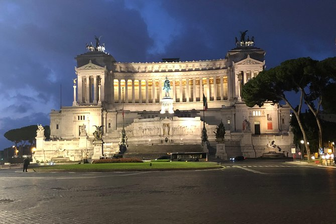 Rome by Night tour (2hrs) with an English speaking driver photo 10