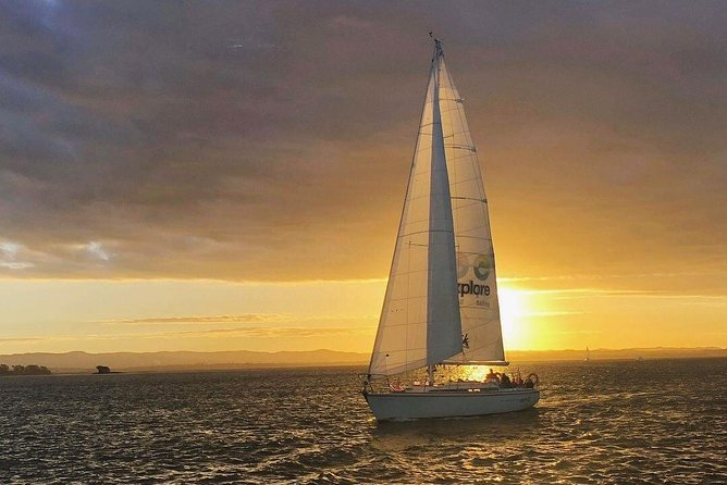 Auckland Harbour Sailboat Cruise Including Three Course Dinner