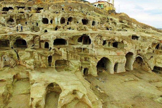 Southern Cappadocia Tour with Stop at Ihlara Valley & Derinkuyu Underground City