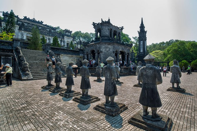 Big group: Full day visit Hue Historical from Hoi An