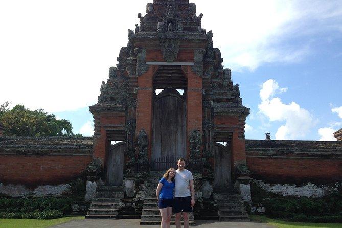 Royal Sunset : Taman Ayun Temple and Tanah Lot Temple Tour