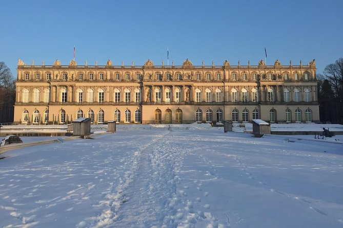 Private Herrenchiemsee Castle Tour vanuit München met Cruise en Koetsrit