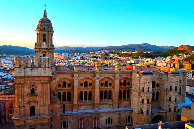 Private 4-hour City Tour of Malaga (Shore excursion or hotel pick up)