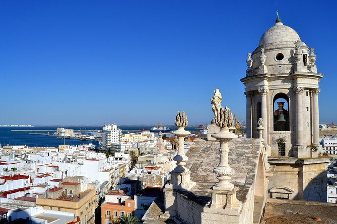 Private 10-Hour Tour of Cadiz and Pueblos Blancos from Seville Hotel pick up