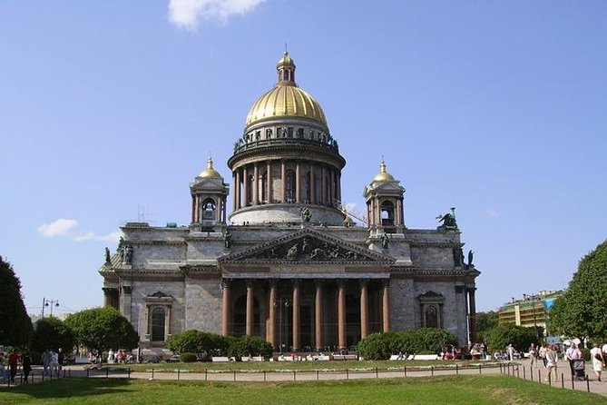 Shore excursion - 2 day visa free private tour of main St Petersburg highlights.