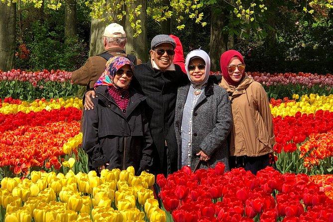 Holland Spectacle (Keukenhof Tulips Garden & Giethoorn)