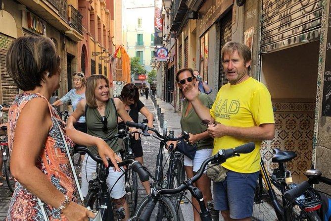 3 hour highlights bike tour Madrid