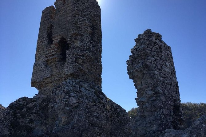 Chiraq Qala Medieval Castle Small-Group Tour with Lunch