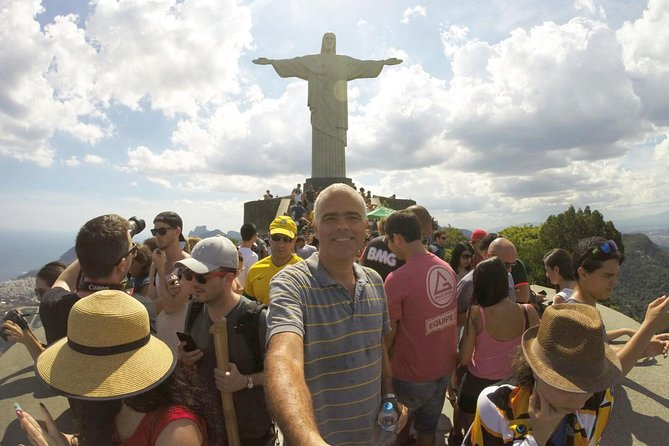 Private Tour to Christ the Redeemer photo 7