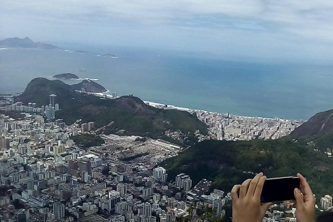 Private Tour to Christ the Redeemer photo 8
