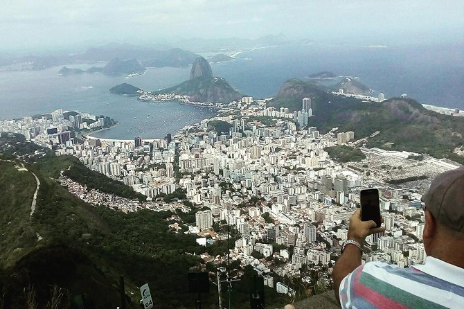 Private Tour to Christ the Redeemer photo 2