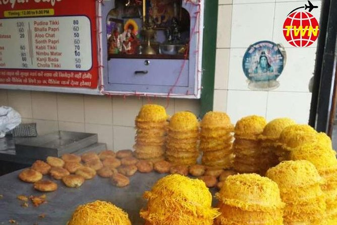 Lucknow Food Tour By Red Chillies - 7 Course tour with pickup and drop photo 8