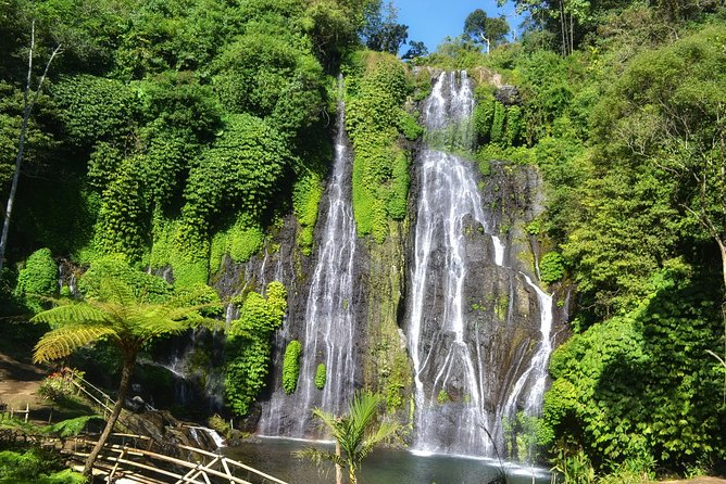 Private Tours : Banyumala Twin Waterfall, Handara Gate and Ulun Danu Temple