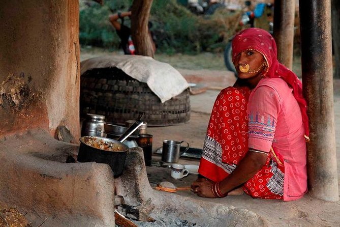 Private Tour :Desert Safari & Bishnoi Village SafarI