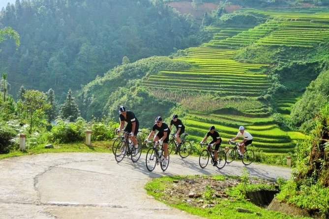 Authentic Walking and Homestay Sapa Tour 4 Nights 3Days (Best Selling)