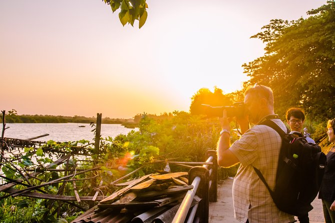Hoi An Sunrise or Sunset Photo Tour
